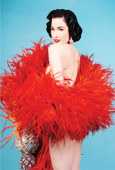 dita-red-feathers